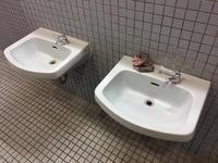 高校・中学校・小学校併設 全トイレ便器 尿石除去消臭サービス 洗面ボウル洗浄完了 鹿児島市西別府町 方面